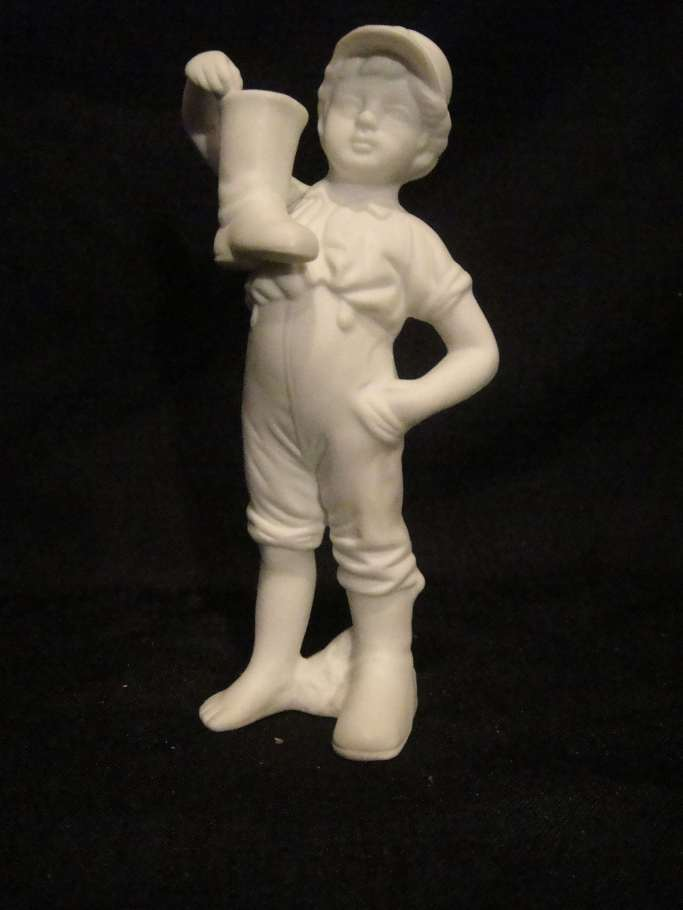 boy with boot figure no markings